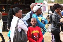 Zwarte Afrikaanse familietoeschouwers Royalty-vrije Stock Fotografie