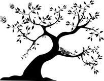 Zwarte boom met vlinders Stock Afbeeldingen
