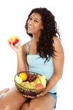 Zwarte de mand fuit appel van de vrouw Stock Fotografie