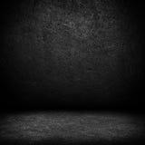 Zwarte donkere leermuur en zwarte vloer binnenlandse B Stock Afbeelding