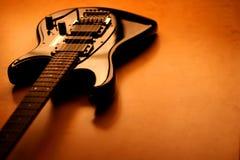 Zwarte elektrische gitaar - serie Royalty-vrije Stock Foto