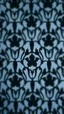 Zwarte flowerlwijnstok op blauwe achtergrond Royalty-vrije Stock Foto's