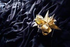 Zwarte giftdoos met boog Royalty-vrije Stock Foto