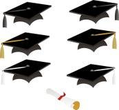 Zwarte graduatiekappen Stock Afbeeldingen