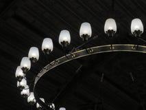 Zwarte hangende kroonluchter stock afbeeldingen