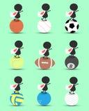 Zwarte het beeldverhaaltribune van het mensenkarakter op sportenbal en handen omhoog boven met de golvende vlag van Japan en groe Stock Afbeelding