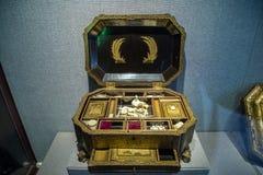 Zwarte het cijfer naaiende dozen van de lakbinnenplaats Zeldzame houten die kunst in 19de eeuw wordt gemaakt Royalty-vrije Stock Afbeeldingen