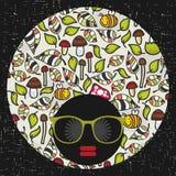 Zwarte hoofdvrouw in retro zonnebril Stock Fotografie