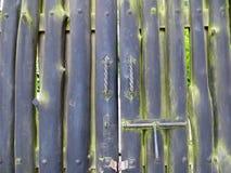 Zwarte houten poort Stock Afbeelding
