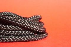 Zwarte kabel voor veelvoudig gebruik royalty-vrije stock foto