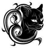 Zwarte kat met bloemendecoratie Stock Afbeelding