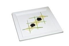 Zwarte kaviaar met chips en uispruiten Royalty-vrije Stock Afbeeldingen