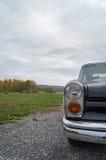 Zwarte klassieke auto Royalty-vrije Stock Foto's