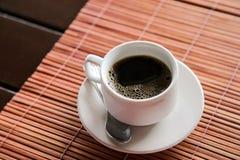 Zwarte Koffie op Isolate Achtergrond Royalty-vrije Stock Fotografie