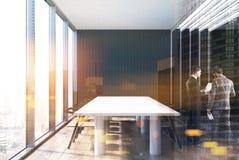 Zwarte moderne vergaderzaal binnenlandse toend Stock Afbeeldingen