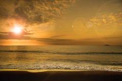 Zwarte overzees-zonsondergang Royalty-vrije Stock Afbeelding
