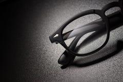 Zwarte plastic oogglazen met exemplaarruimte royalty-vrije stock fotografie