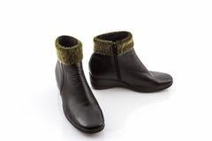 Zwarte Pluizige wollige warme laarzen Royalty-vrije Stock Afbeelding