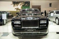Zwarte rolls-royce spoor uitgebreide uitgavenauto Royalty-vrije Stock Foto