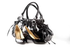 Zwarte schoenen en zak Stock Fotografie