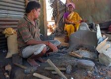 Zwarte Smith in een markt szene in India Stock Foto's