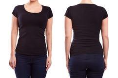 Zwarte t-shirt op een jonge vrouw Stock Foto