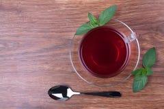 Zwarte thee op lijst Stock Foto's