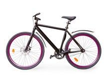 Zwarte vaste stedelijke die fiets met viooltje whells met het knippen wordt geïsoleerd royalty-vrije stock afbeelding