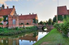 Zweeds kasteel bij zonsondergang Stock Foto's