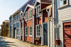 Zweedse architectuur - historische rijtjeshuizen Stock Fotografie