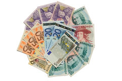Zweedse kronor en euro bankbiljetten Stock Afbeelding