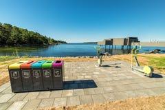 Zweedse openluchtsporthoek op de overzeese kust Stock Foto