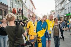 Zweedse Ventilators bij de dag van het spel van FIFA in Nizhnii Novgorod stock afbeelding