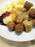 Zweedse vleesballetjes met aardappels Stock Foto