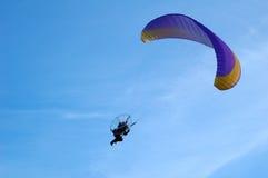 Zweefvliegtuig in de blauwe hemel Stock Fotografie