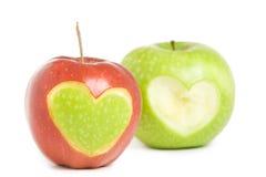 Zwei Äpfel mit Innerem Lizenzfreie Stockfotos