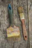 Zwei alte Bürsten Lizenzfreie Stockbilder