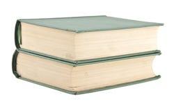 Zwei alte grüne Bücher lokalisiert auf Weiß Lizenzfreie Stockfotos