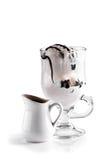 Eiscreme und Espresso Stockfoto