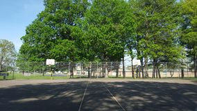 Zwei Basketballkörbe Lizenzfreie Stockbilder