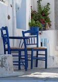 Zwei blaue Stühle Lizenzfreie Stockfotos