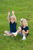 Zwei blonde Mädchen Stockbild
