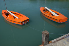 Zwei Boote auf dem See Stockbild