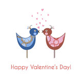 Zwei bunte Vögel in der Liebe Lizenzfreies Stockfoto
