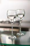 Zwei Cup für Wein stockbild