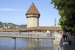 Zwei der meisten erkennbaren Marksteine in der Luzerne Stockfoto