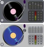 Zwei DJ-Drehscheiben getrennt auf Weiß Stockbilder