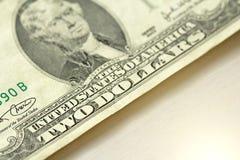 Zwei Dollar mit einer Anmerkung 2 Dollar Lizenzfreie Stockfotografie