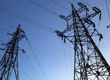 Zwei Elektrizitätsgondelstiele Lizenzfreies Stockfoto