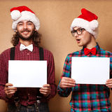 Zwei emotionale Santa Claus Lizenzfreie Stockfotografie